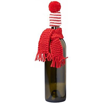 Scarf & Hat Wine Bottle Cover - these would be quick and easy to knit for wine gifts!