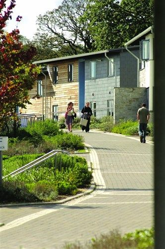 Penryn Summer Rooms, Falmouth, UK: just a 10 minute drive from the beach! http://www.universityrooms.com/en/city/cornwall/college/glasneyonecornwall