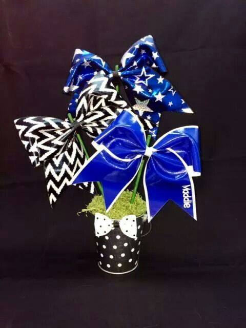 A Bow-quet - super cute table decoration for cheer banquet