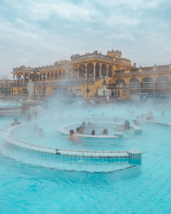 10 Tips for Your First Trip to Budapest • The Blonde Abroad