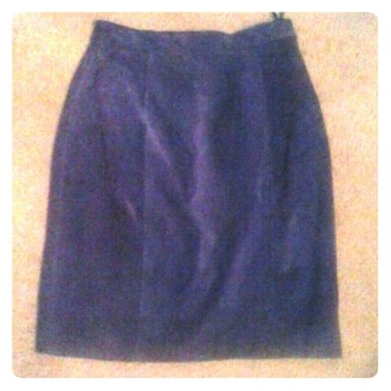 "Royal Purple Leather Skirt Beautiful royal Purple  pencil skirt. 100% genuine leather,  lining is 100% nylon taffeta, small slit &  snap n zipper in back. 22.25"" waist to hem. Beautifully paired with black boots... Sellecca Skirts"