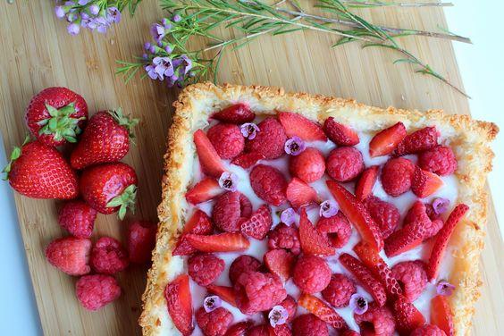 Torta de coco e frutas vermelhas sem glúten - Xícara de Chá