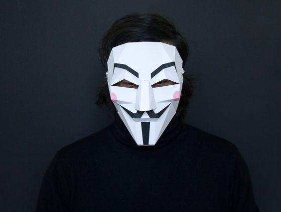 Dieser Artikel ist die Bauanleitung für eine Guy Fawkes - Vendetta Maske. Super geeignet für Kostümfeste, Halloween, Karneval, ...