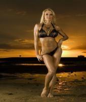 Bombshell Beauty of the Week: Soozy Deren