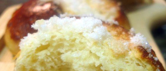 Receta de bollos suizos, medianoches o cristinas - El Aderezo - Blog de Cocina