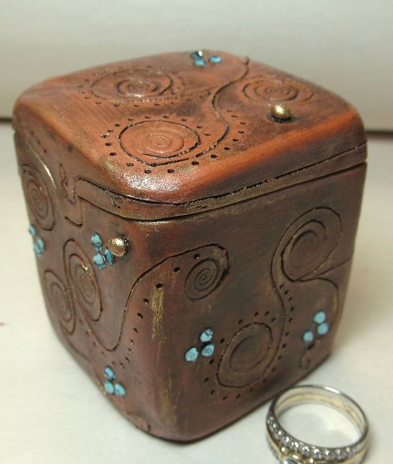 Anniversary/Engagement Ring Box with Swarovski by clayscenes, $40.00