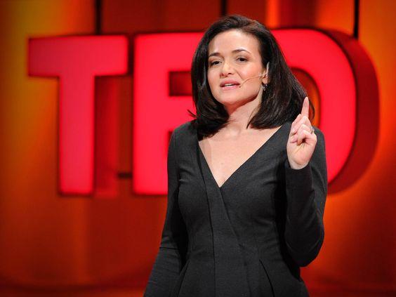 Sheryl Sandberg: Pourquoi nous n'avons que trop peu de dirigeantes