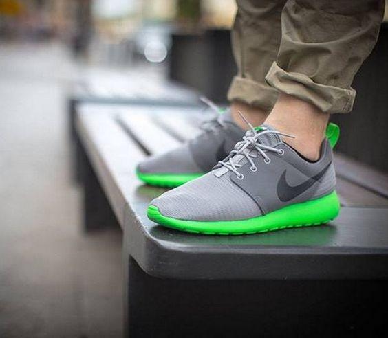 roshe run green grey