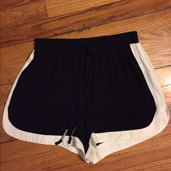 Black & white shorts Comfy shorts you can dress up or down. Wear with strappy heels and a cute blouse or sneakers and a crop top #forever21 #hm #urbanoutfitters #nastygal #asos #topshop Unknown Shorts