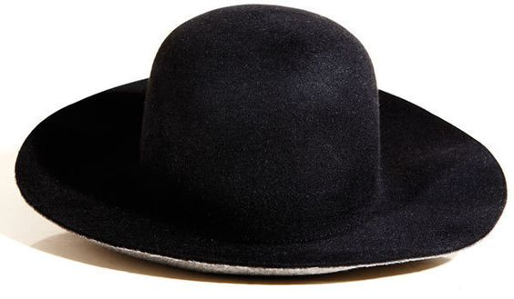 "Dior Homme's ""Amish"" hat"