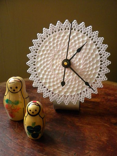 Desktop doily clock by Etsy's andfurthermore