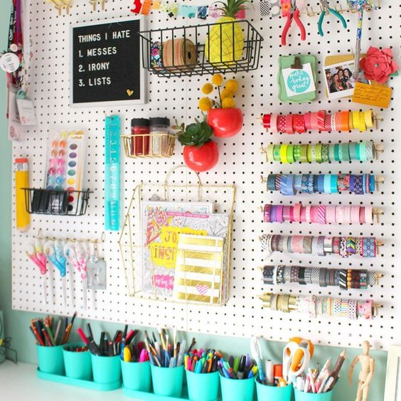 Gueessss what? Peg board wall is done and on the blog!!!! I love it so much. Like LOVE. Like kind of mad I didn't do it like 3 years ago! And while you are there-- check out the 25 other awesome craft rooms! I'm sharing a few of my favorites in my Instagram stories!