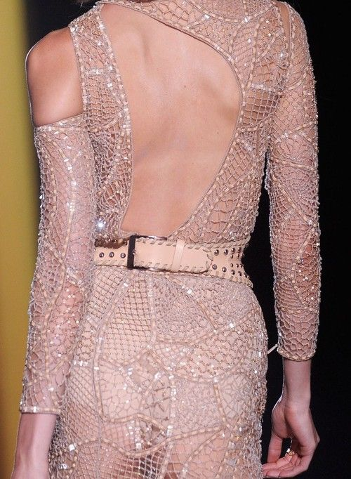 wink-smile-pout:    Versace Haute Couture Fall 2012  Back details