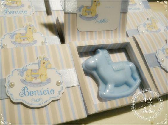 💙🐴💙Esses cavalinhos são uma fofura!!💙🐴💙  Esses foram preparados especialmente para a chegada do Benício!!  Eles tem cheirinho Mamãe e Bebê e não são pequenos!!  eu amei!!😍  Para encomendar é super fácil pelo nosso site!  http://bit.ly/sabonete-cavalinho-azul    #lembranca de #maternidade  #gestante #gravidez #bebe #mamae #maedemenina #maedemenino #instababy #mae #gestacao #gestação #bebê #lembrancinha #gravidas #chadebebe #gestantes #instamamae #lembrancinhapersonalizada…