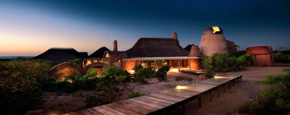 Leobo Luxury Lodge - Africa.