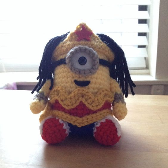 Amigurumi Minion Etsy : Wonder Woman Minion PDF Pattern Crochet for Amigurumi Doll ...