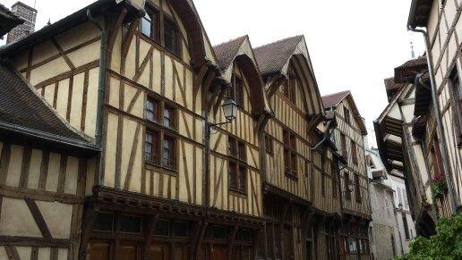Troyes capitale historique de la Champagne