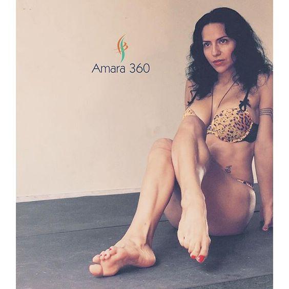 Carmen Amara feet
