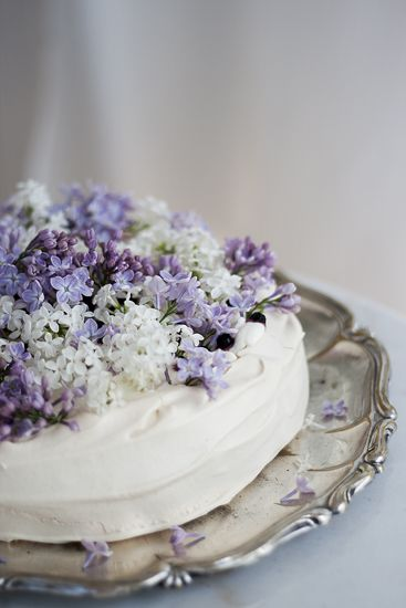 FOR THE CAKE    Pavlova topped with fresh flowers    NOVELA...where ...