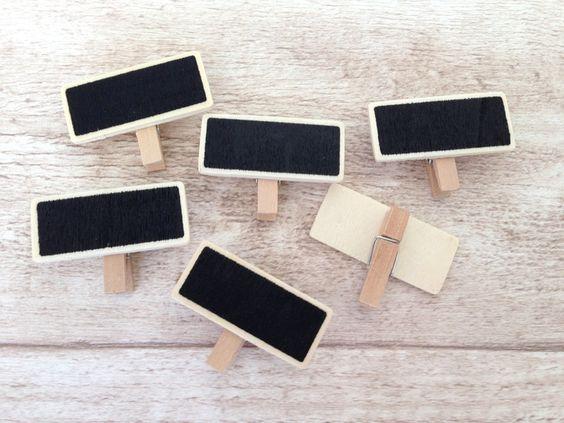 6x Mini Kreidetafeln auf Holzklammern von Herz-Buffet via dawanda.com