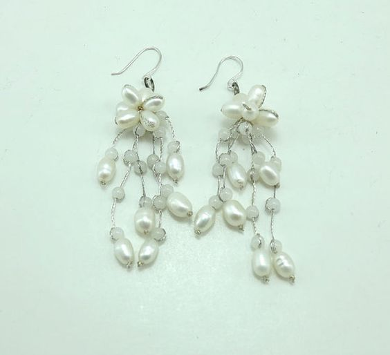 White+freshwater+pearl%2Cquartz+earring+hoop.