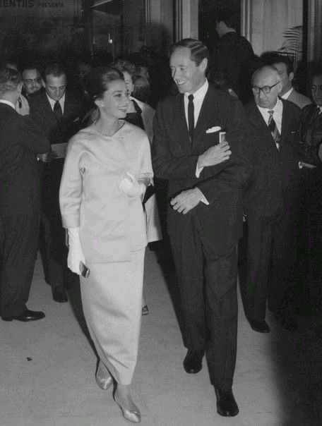 Pin On Audrey Hepburn