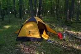 Helpful Tips for Camping on a Budget: Packing Lists and Making Foil Dinners