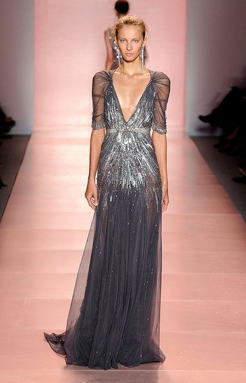 Jenny Packham is quickly becoming my new favorite dress designer. Lovely detail!