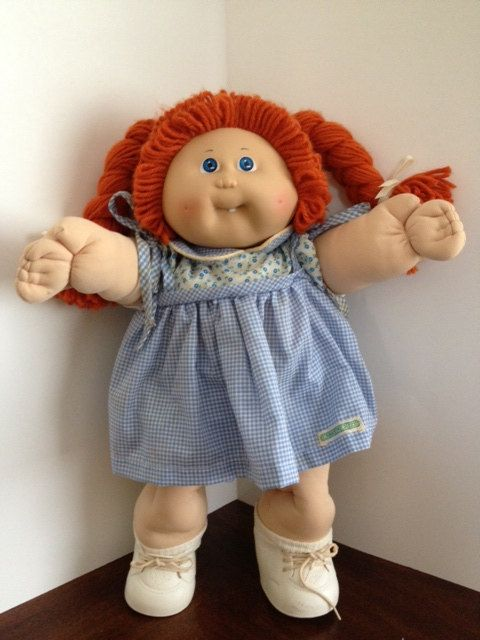 vintage 1980s cabbage patch doll with a single tooth cabbage patch dolls pinterest. Black Bedroom Furniture Sets. Home Design Ideas