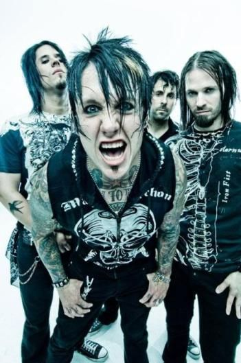 The guys from the band - Jacoby Shaddix - vocalist, Tony Palermo - percussion, Jerry Horton - lead guitar, David Buckner - percussion, Tobin Esperance -guitar. <3!