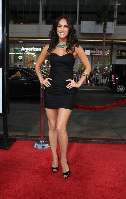 hotminiskirts: Megan Fox looking gorgeous in a little black dress ...