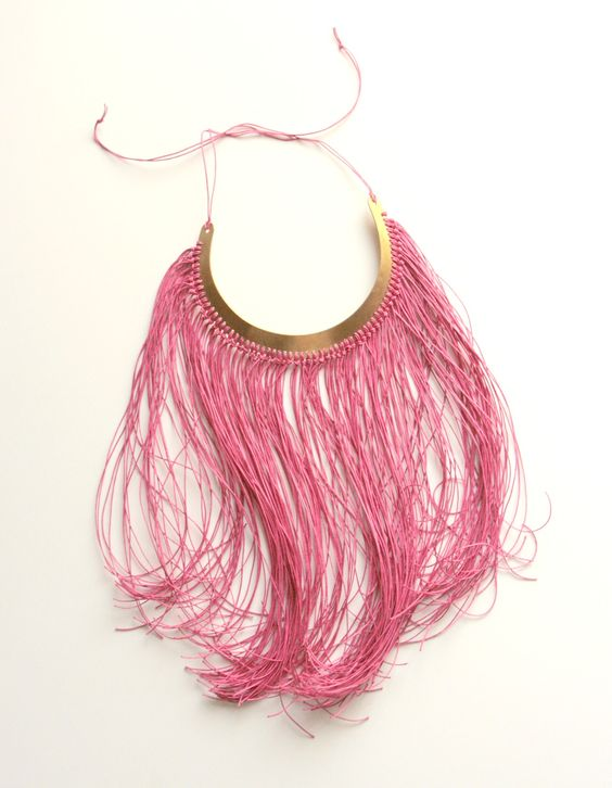 fluo necklace