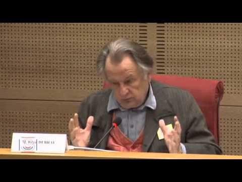 """Audition de M. Régis DEBRAY, philosophe, auteur du rapport """"L'enseignement du…"""