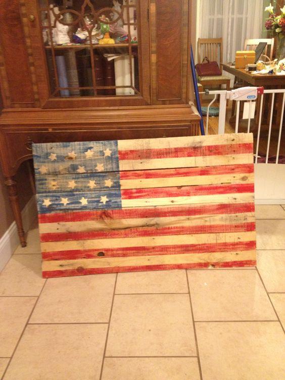 Flags pallets and american flag on pinterest - American flag pallet art ...