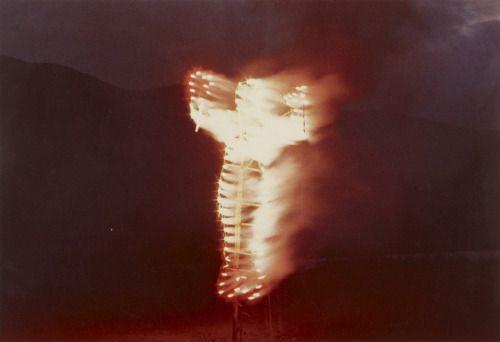 Ana Mendieta, Silueta de Cohetes, 1976