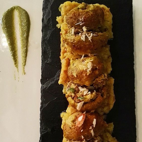 Some dishes keep making it to our wall of Fame.  Our Shahi Mushrooms Kebab is one of these. Button Mushrooms stuffed with shredded cottage cheese marinated in yogurt and cooked in the Tandoor these are a delicious treat