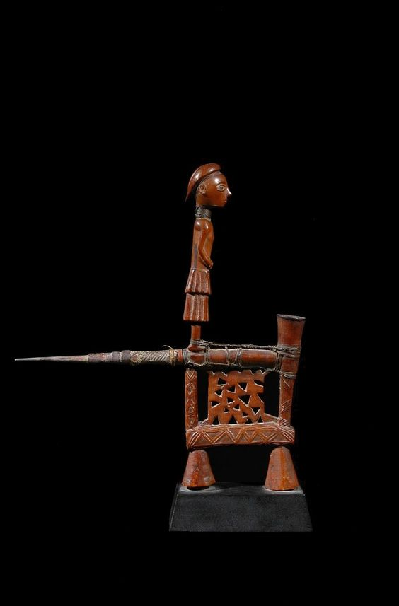 Ovimbundu Pipe