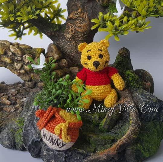 3 8cm Winnie the Pooh  Honey pot Hunny pot. OOAK by MissyVille
