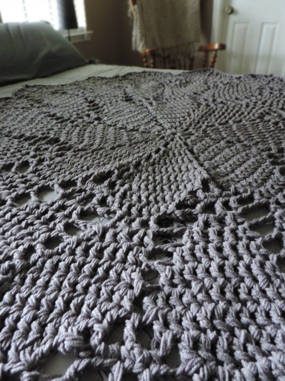 Charcoal Pewter Gray Crochet Doily Area Rug Round by EvaVillain