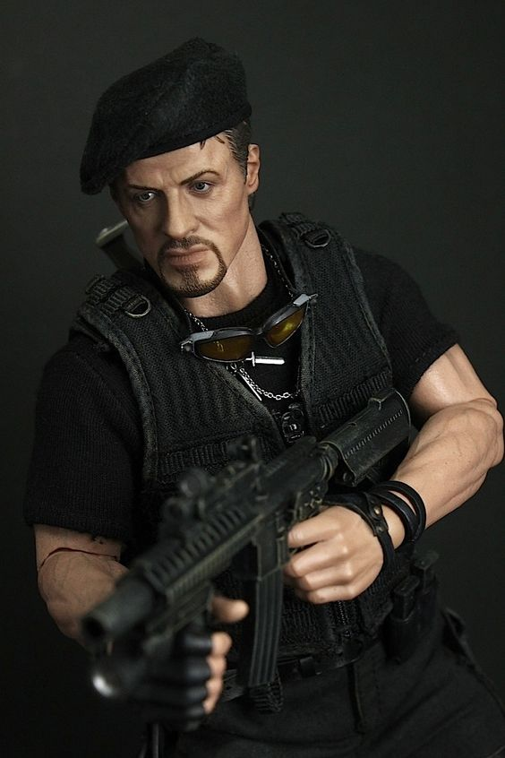 Movie Masterpiece - 1/6 Scale Fully Poseable Figure: The Expendables - Barney Ross  Sly Stallon