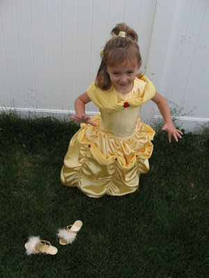 tidbits: Belle Dress Tutorial