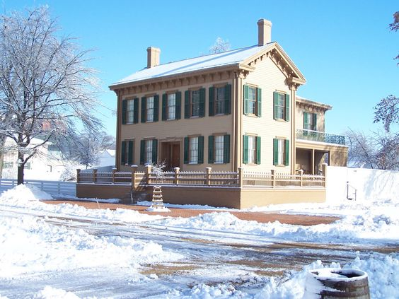 Abraham Lincoln's home during the winter time