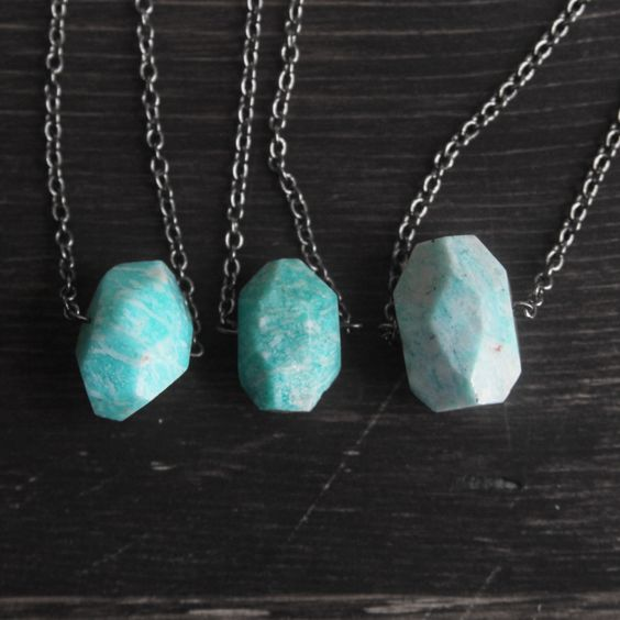 Vertical Amazonite necklace by Samantha Bird >> So very pretty!