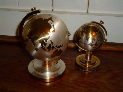 Terrestrial Globes Clock  Lighter Set