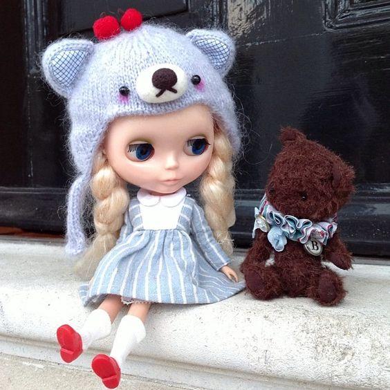 """""""Hello little bear!"""" #kennerblythe  #blythe #teddybear #handmade #doorstep #kawaii # friends"""