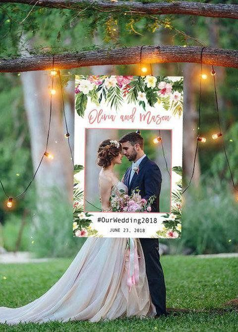 Wedding Photo Prop Tropical Wedding Photo Booth Frame Escape Gardenwedding Ide Perkawinan Latar Belakang Pernikahan Pernikahan Bunga