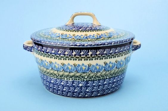 Covered Casserole - Water Lilly