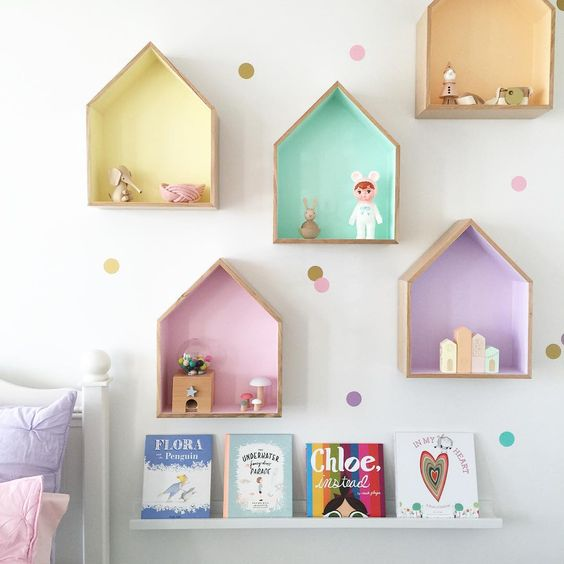 Perfectly pastel girls room by Petite Vintage Interiors