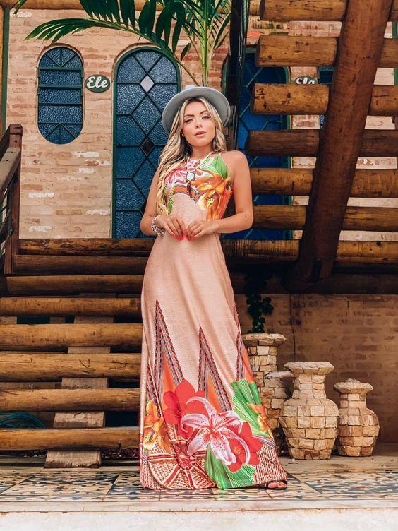 LOOK DO DIA é ideal para mulheres que buscam combinações perfeitas e singularidade para cada ocasião. Através de desenhos atemporais e uma cartela de cores contemporânea, as coleções afirmam a essência da marca sem deixar de lado as principais tendências de moda.