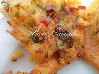 Prato Caseiro: Mini tortilhas de bacalhau e camarão com pimentos vermelhos da horta na Actifry